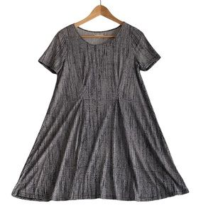 Silence & Noise - Urban Outfitters - Gray Black Short Sleeve A-Line Shift Dress